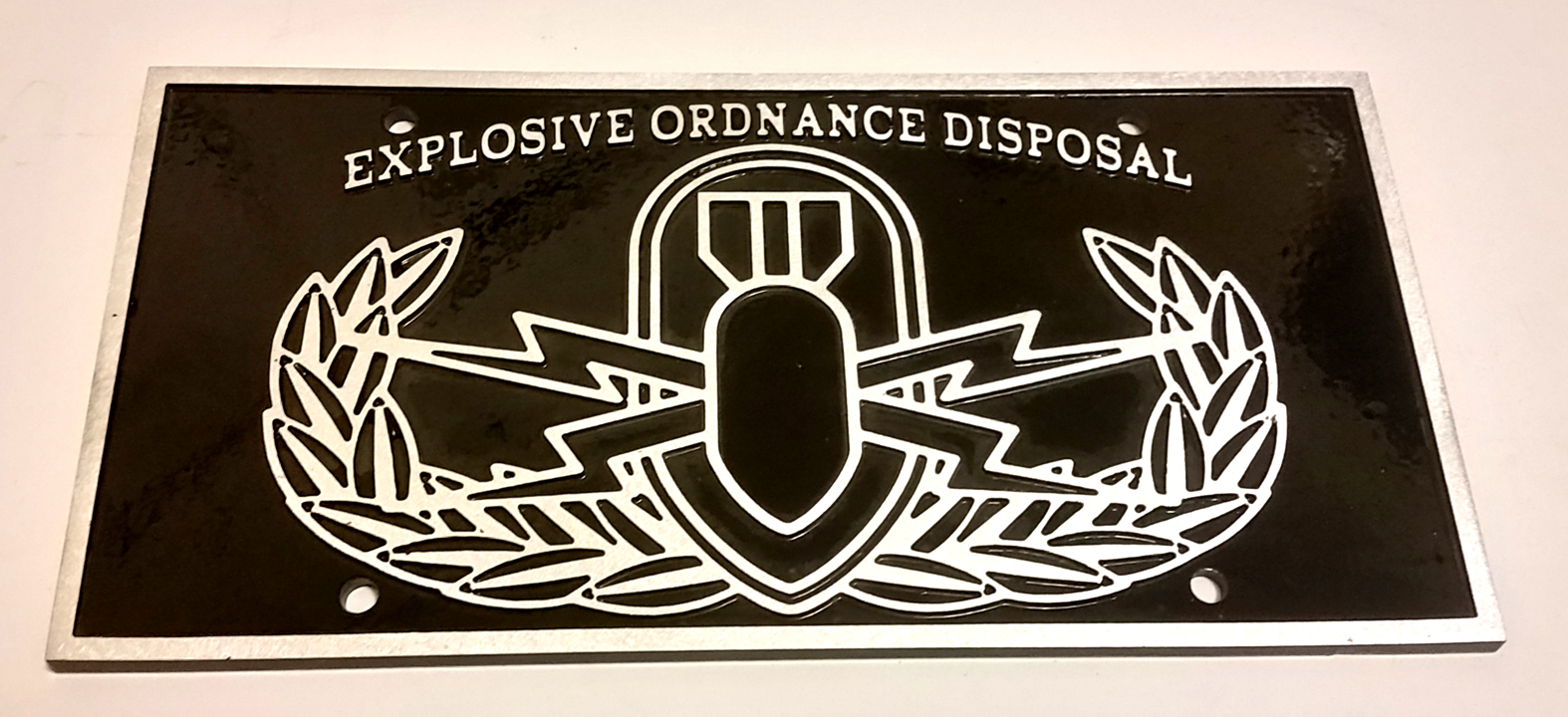 Military Basic EOD Emblem Aluminum License plate